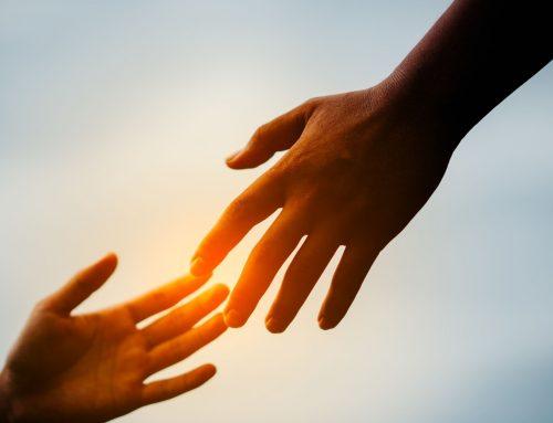 Händchenhalten und was es über Ihre Beziehung verrät